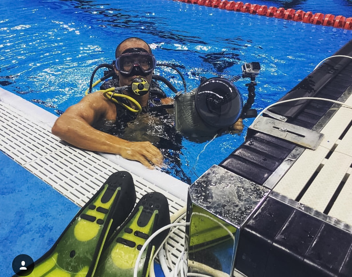 Olympic Swimming Pool Underwater setting up underwater cameras at rio 2016 olympic aquatics –